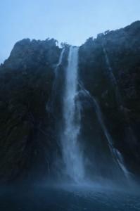 De l'eau pure en provenance direct du glacier. Ce serait dommage d'y ajouter du cyanure...